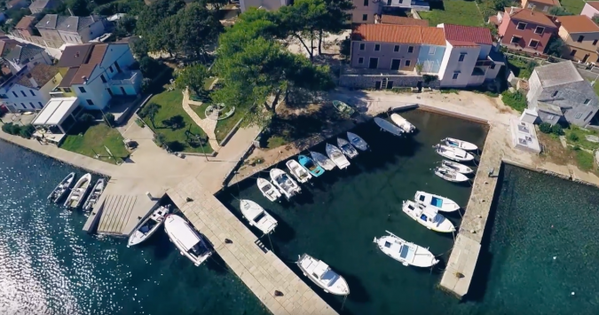 Apartments Sabina - video from the air, Sabina apartments on the Ilovik island Ilovik, - Apartmanica